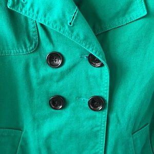 Daisy Fuentes Jackets & Coats - EUC | Daisy Fuentes Petite Short Trench Coat